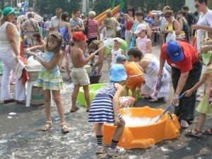 Фото: Свято води в Полтаві сподобалось дітям та зекономило сімейні кошти