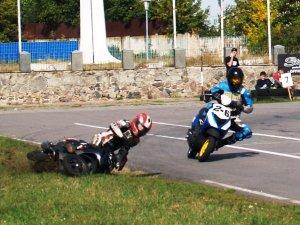 Фото: На «скутерних» перегонах у Полтаві домінували москвичі
