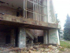 Фото: У Полтаві колишні засуджені, удаючи міліціонерів, пограбували дітей