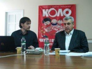 Фото: Василь Ковальчук проти Мамая, Матковського і Тимошенко.