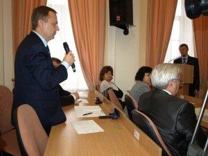 Фото: З Полтавського вісника звільнять не готових до змін, праці і відмови від алкоголю