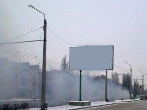 Фото: Водій автокрану влаштував змагання на полтавських вулицях