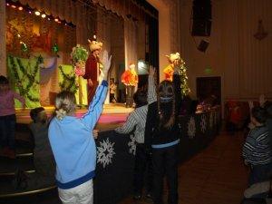 Фото: Чіп і Дейл вітали полтавських дітей з Різдвом