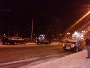 Фото: Біля Полтавської міської ради сталося ДТП