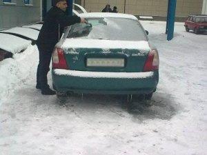 Фото: Полтава сьогодні програла двобій зі снігом