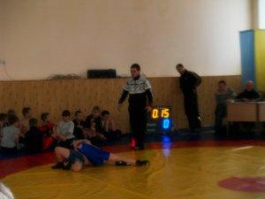 Фото: Під час турніру початківців з вільної боротьби вшанували полтавського воїна