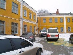 Фото: Сьогодні, 23 лютого, в полтавській школі №7 померла п'ятикласниця