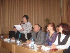 Фото: Сьогодні міський голова Полтави розповів освітянам притчу і пообіцяв виплатити зарплату
