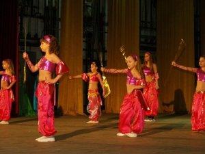 Фото: Полтаву зачаровували східними танцями
