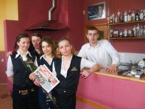 Фото: Полтавські журналісти вітали жінок