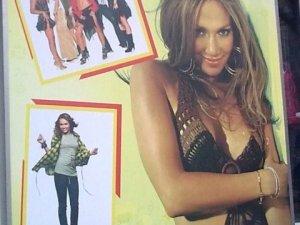 Фото: Дженіфер Лопес рекламує одяг у Полтаві