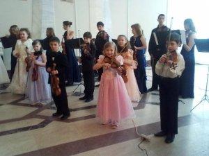 Фото: Мала академія мистецтв у Полтаві провела концерт на честь власного 20-річчя