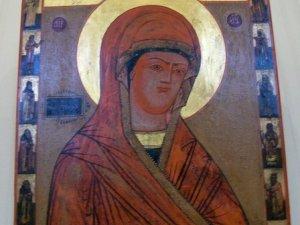 Фото: У Полтаві відкрилася виставка старовинних православних ікон