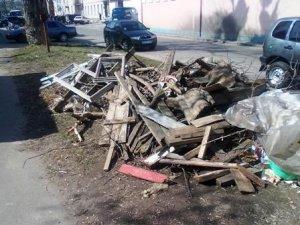 Фото: Суботниками Полтаві, мабуть, не допоможеш