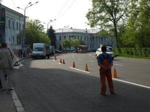 Фото: У Полтаві транспорту не дозволяли під'їхати до зупинки