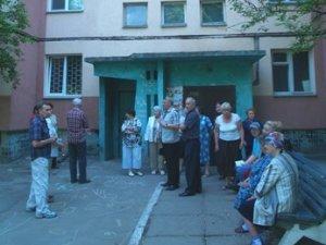 Фото: На полтавських боржників чекають судові виконавці