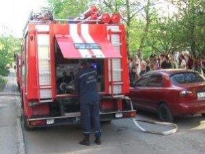 Фото: Жителів багатоповерхівки, що на Садах-2 у Полтаві, даремно евакуювали пожежники