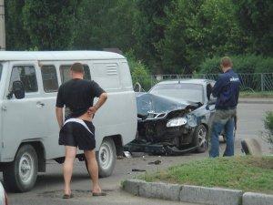 Фото: Щойно в Полтаві жінка не розминулася з автомобілем «Обленерго»