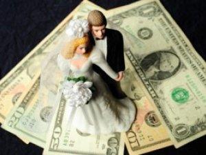Фото: Полтавець, щоб віддати борг за весілля, обікрав підприємство