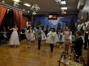 Фото: Полтавські школярі відзначили католицьке Різдво
