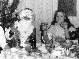 Фото: Новий рік у 80-ті: заборонена музика, алкоголь під столом та цікаві телепередачі раз на рік