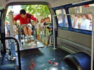 Фото: У Полтаві з'явиться соціальне дитяче таксі
