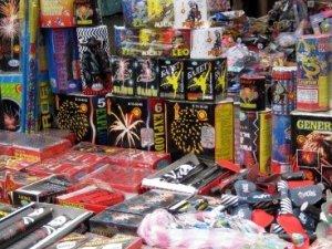 Один з гіпермаркетів Полтави незаконно продавав піротехніку