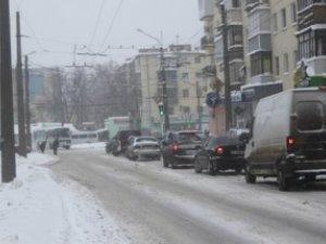 Фото: ДАІ радить полтавцям днями далеко не їздити через мороз -33