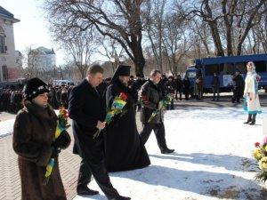 Фото: У Полтаві вшанували пам'ять Тараса Шевченка за 10 хвилин