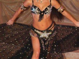 Фото: У Полтаву на ювілей танцювальної школи приїхала зірка телешоу