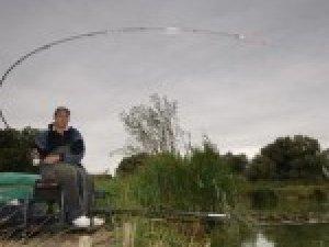 Фото: Хочете впіймати коропа – збирайтесь на риболовлю саме сьогодні