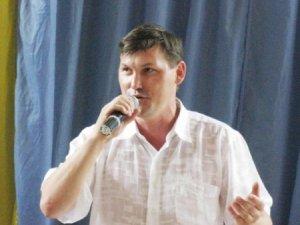 Полтавських лікарів привітав фіналіст шоу «Україна має талант» Едуард Клопот