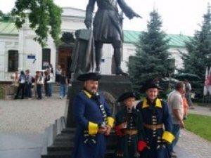 Фото: 303 річниця Полтавської битви: перелік заходів