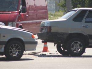 Фото: ДТП у Полтаві: зіткнулося 3 автомобілі