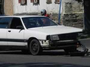 Фото: У Полтаві на перехресті Артема та Шевченка не працює світлофор: сталась ДТП