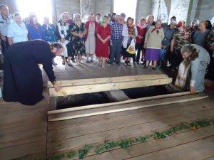 Фото: У Кобеляцькому районі знайшли склеп княгині Гагаріної та чекають американського посла