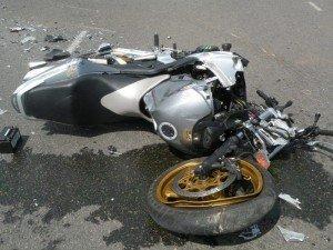 Фото: У Полтаві зіткнулися мотоцикл і пасажирський автобус - подробиці