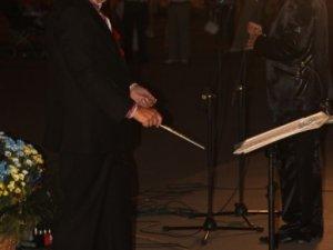 Фото: У Полтаві солісти та оркестр філармонії дали безкоштовний концерт (фото)