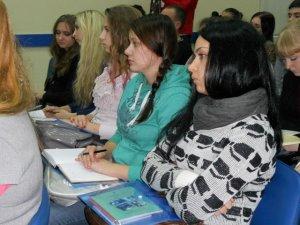 Фото: У Полтаві студентів місяць вчитимуть бути успішними