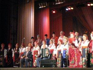 Фото: У Полтаві концертом святкували День української мови (фото)