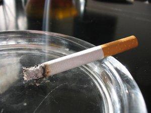 З 16 грудня в українських барах та ресторанах взагалі не можна буде курити