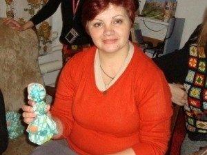 Фото: Полтавка, яка допомагає іншим здолати рак, потребує порятунку від онко