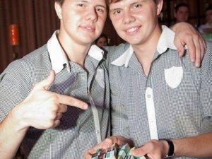Близнюки з Полтави розсмішили коміків на 10 тисяч і зіграли з Євгеном Кошовим