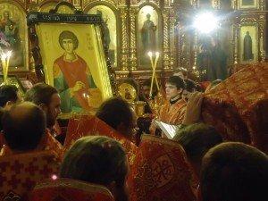 Фото: До Полтави привезли часточку мощей  Пантелеймона, в місті вже 5 років є подібна святиня
