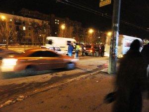 Фото: Я-Репортер. У центрі Полтави зіткнулись 4 авто (фото)