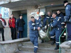 Фото: У Полтаві чоловік упав у ліфтову шахту (фото)