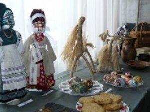 Фото: Полтавців запрошують на виставку, присвячену Різдву