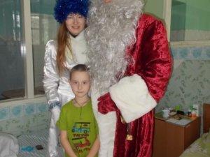 Фото: У Полтаві Діди Морози 5 днів дивували дітей казкою