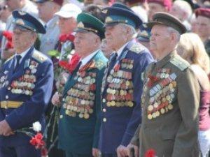 Фото: У Полтаві ветеранам війни до посвідчення вклеять бланк-вкладку