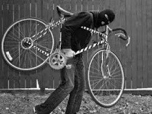 Фото: У полтавців зникали велосипеди, шуруповерти та каністри